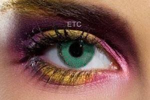 Comment porter les lentilles de couleur ? Nos astuces mode